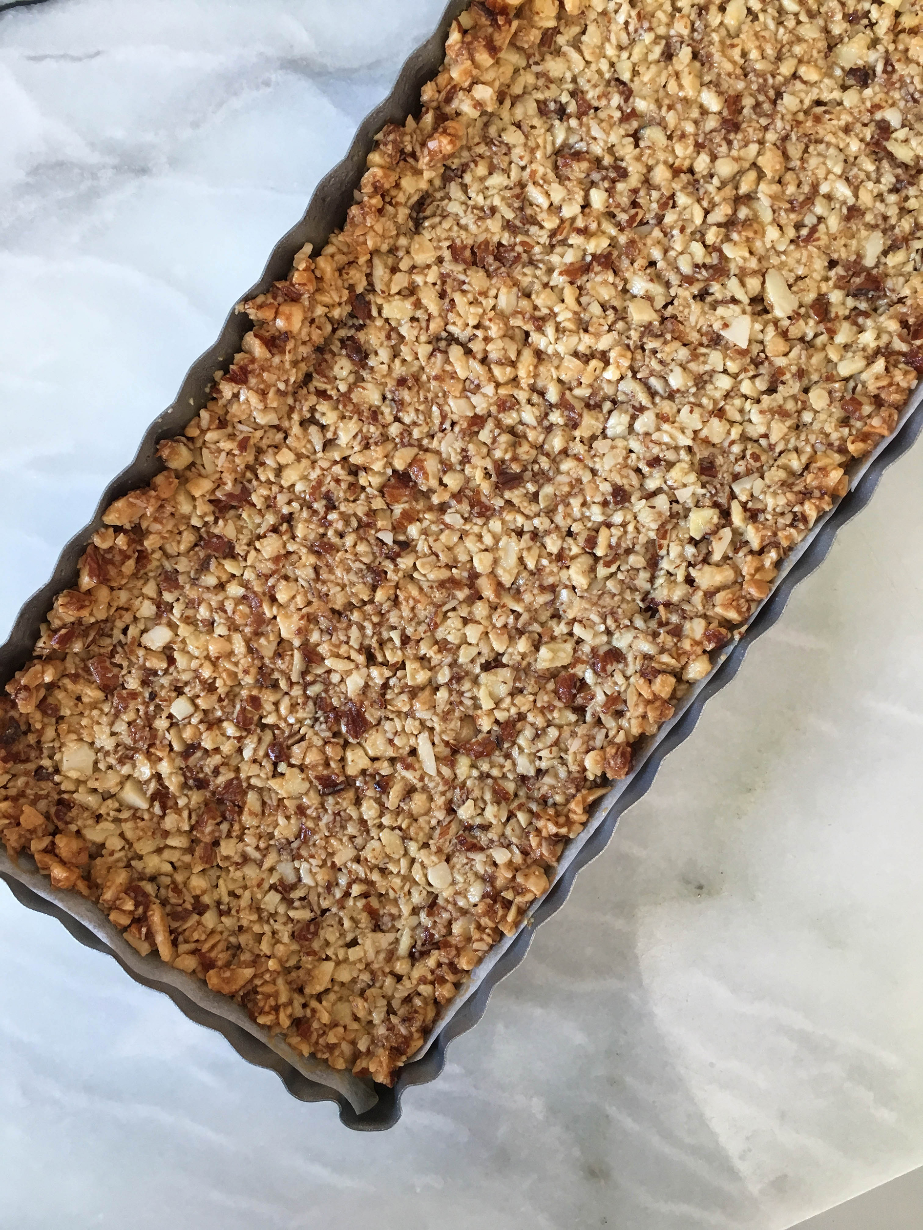 almond and cashew crust