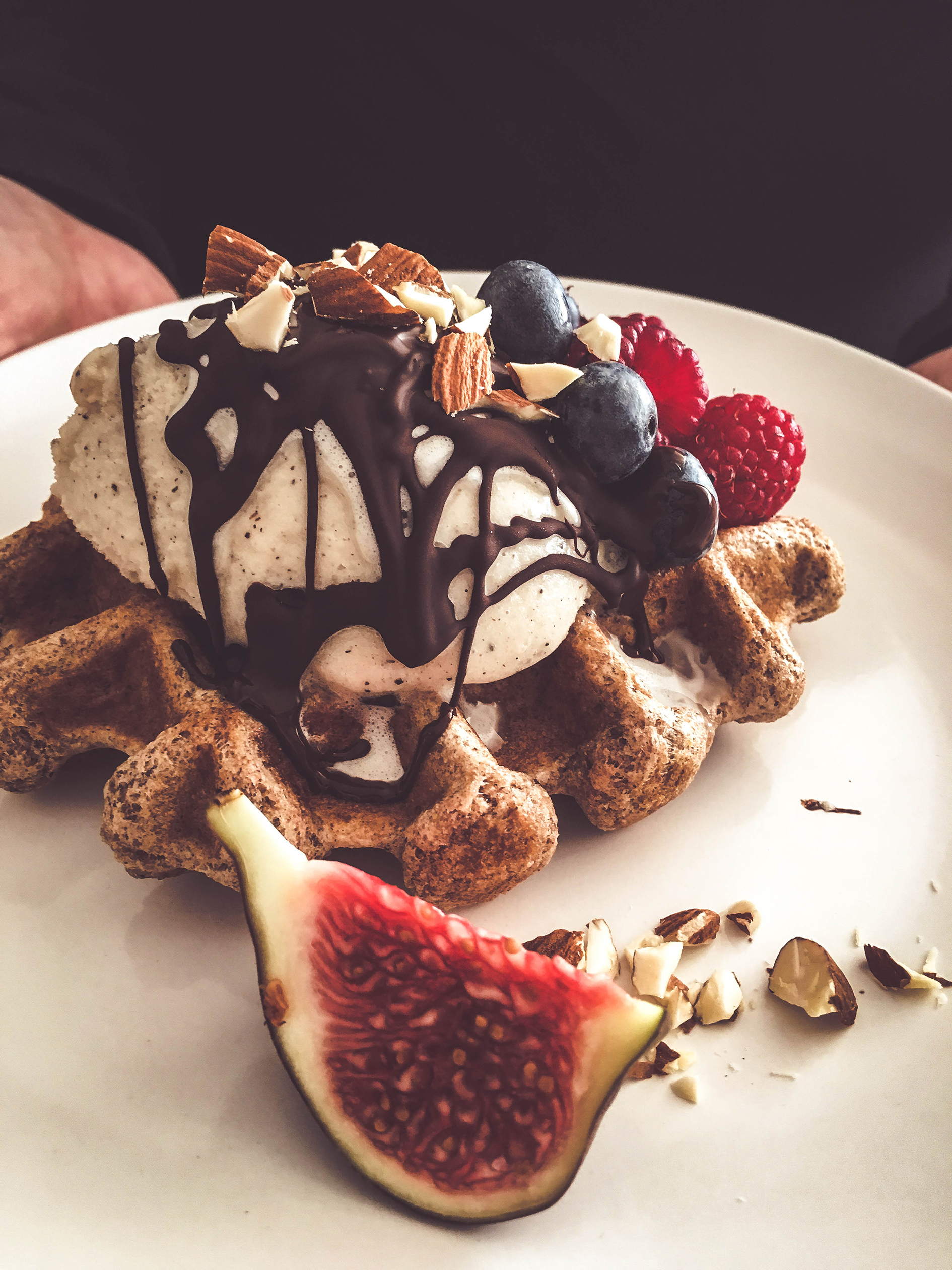 waffles with fruit and chocolate