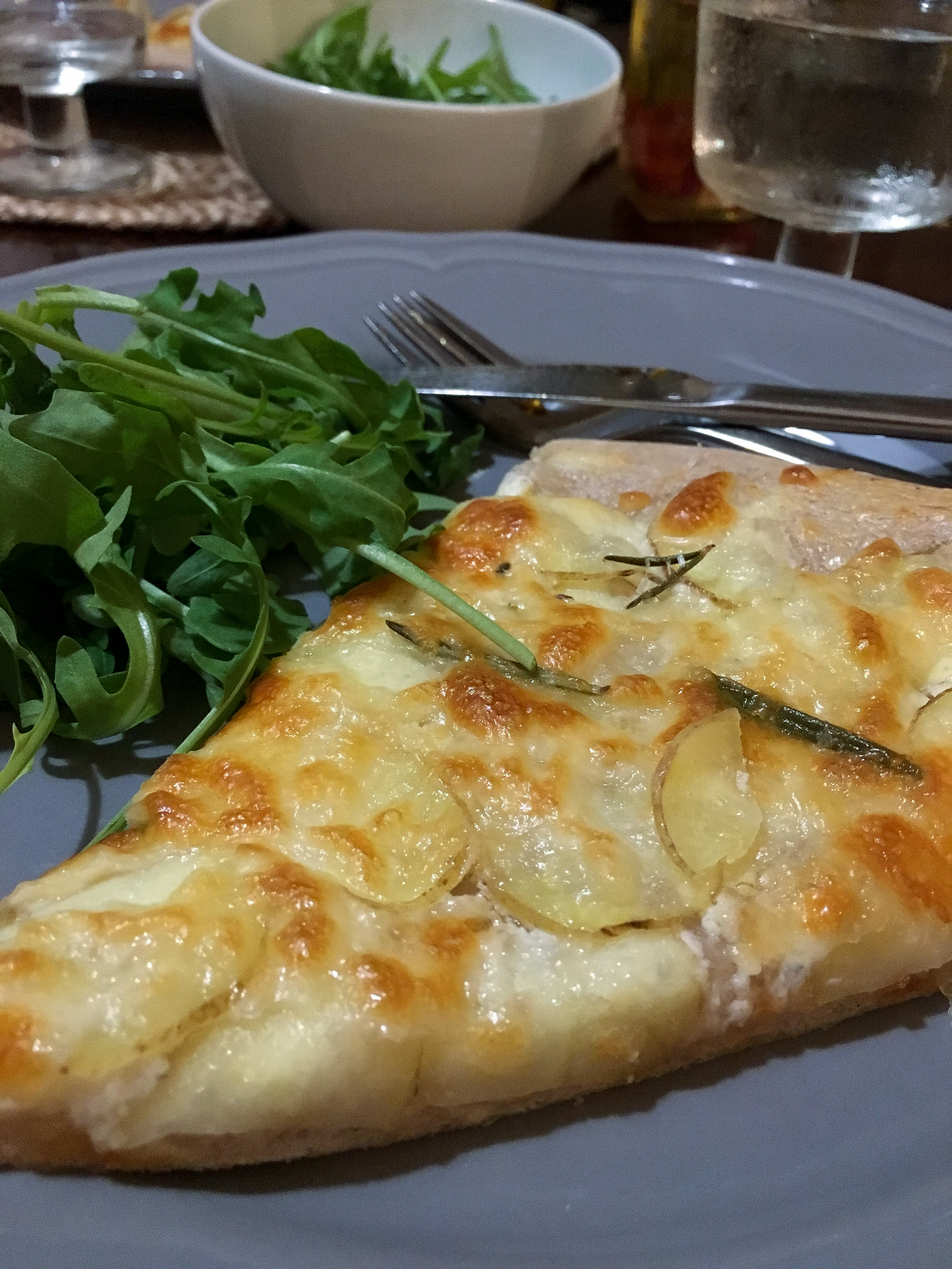 pizza bianca on a plate